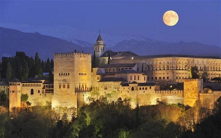 Mi vonzott tavaly 85 millió turistát Spanyolországba